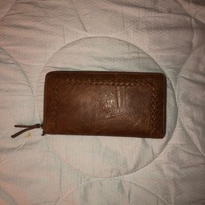 ALTAR'D STATE LEATHER CLUTCH WALLET
